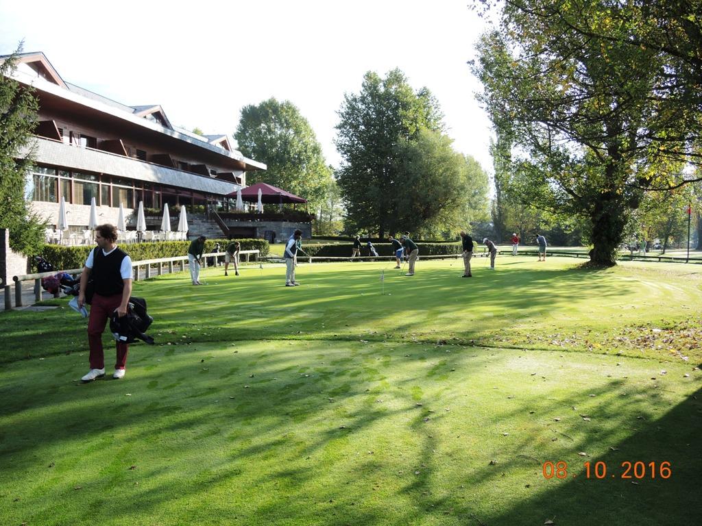 Jugar golf en cerdanya